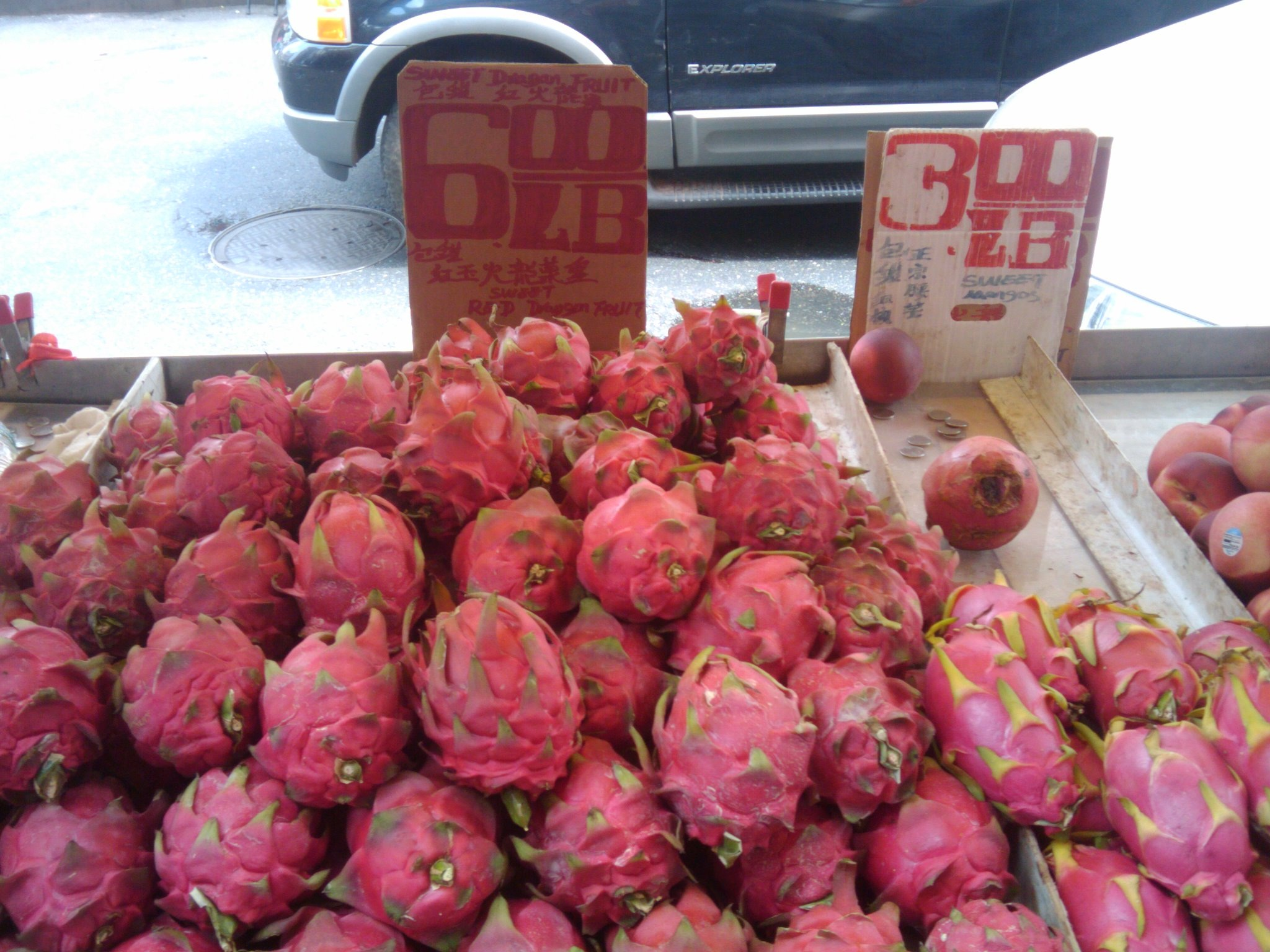 Dragon fruit comes in three colors white pink and red or magenta white - The Small Black Seeds